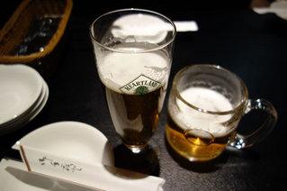 一応「先に飲んでていい?」と確認のメールをしましたが、その頃にはビールは運ばれてきておりましたw