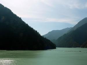 名無しダム湖